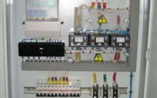 Схема подключения трансформаторов тока к трехфазному счетчику